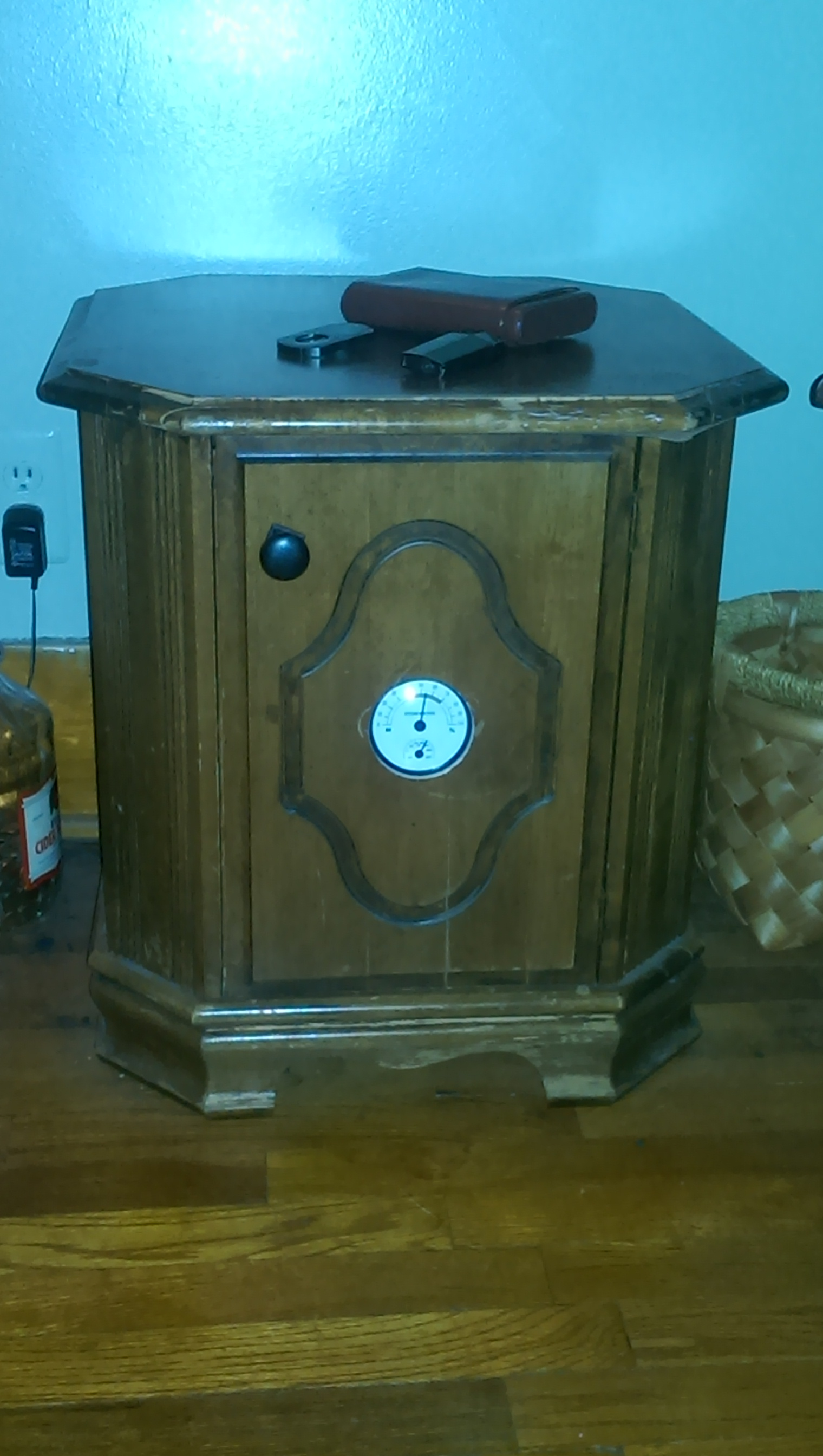 Turn an old end table into a cigar humidor