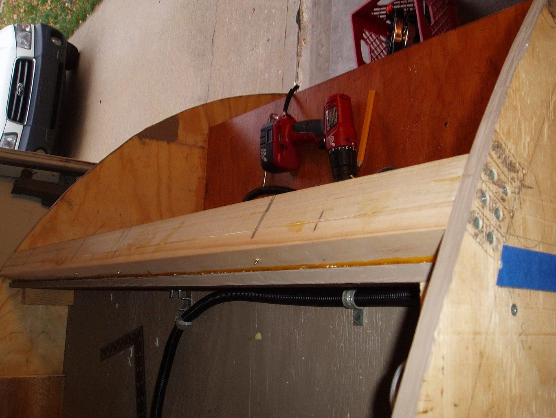 Tripled Spar for Hurricane Hinge; Battery Box
