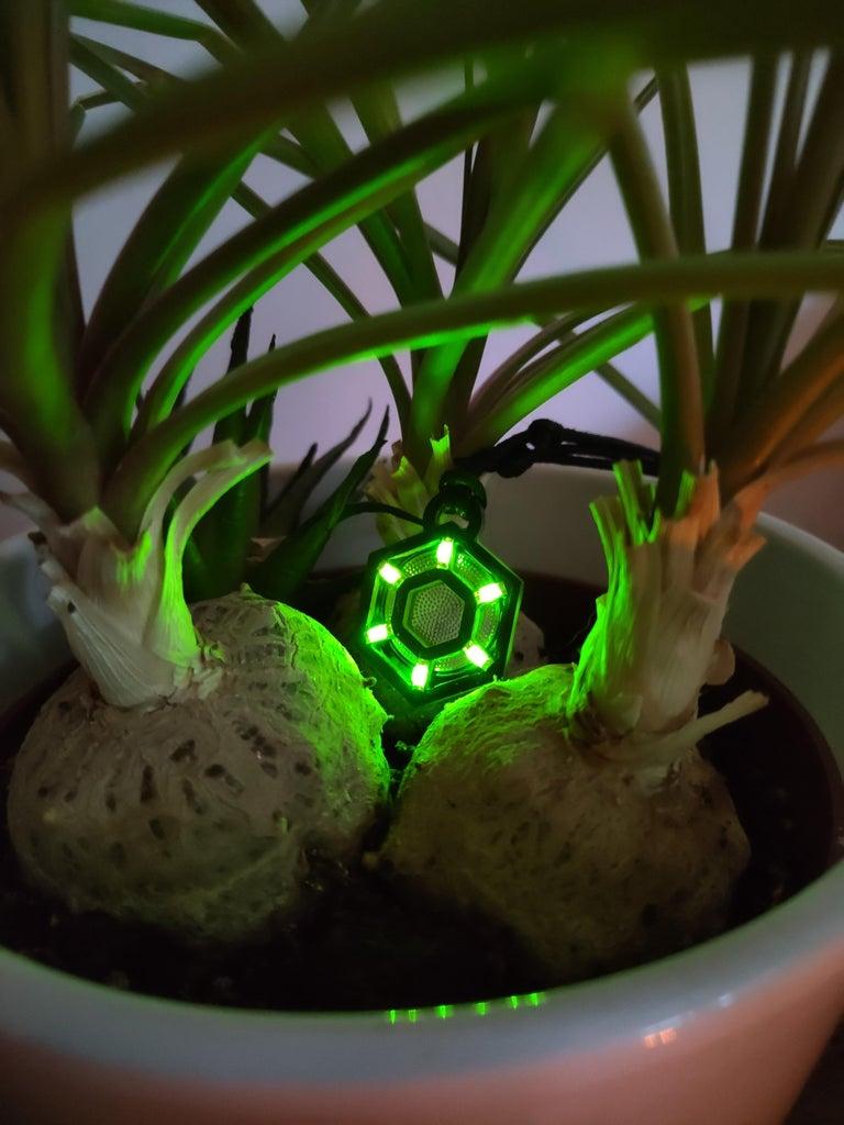 Onyx : Black PCB & Yellow-Green LED