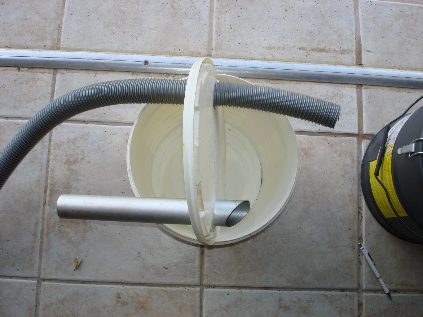 Connect the Hoses