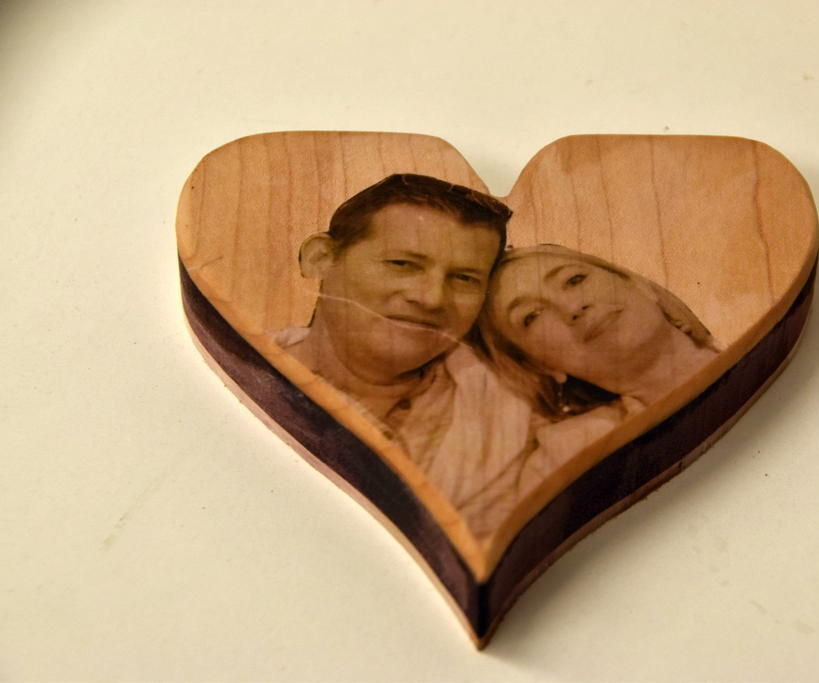 PHOTO ON WOOD HEART