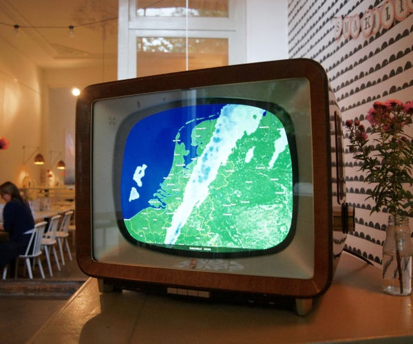 Ombrovision: Vintage Tv Turned Into Rainy Weather Alarm