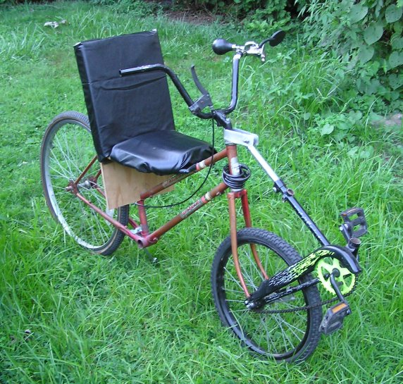 Front-Wheel-Drive Center-Steer Semi-Recumbent Bicycle