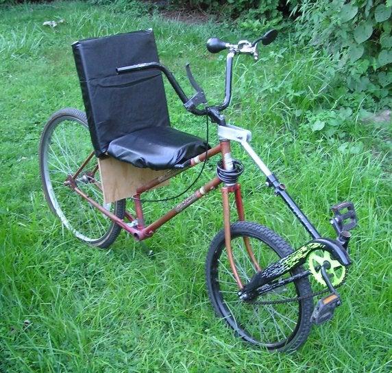 Front-Wheel-Drive Center-Steer Semi-Recumbent Bicycle