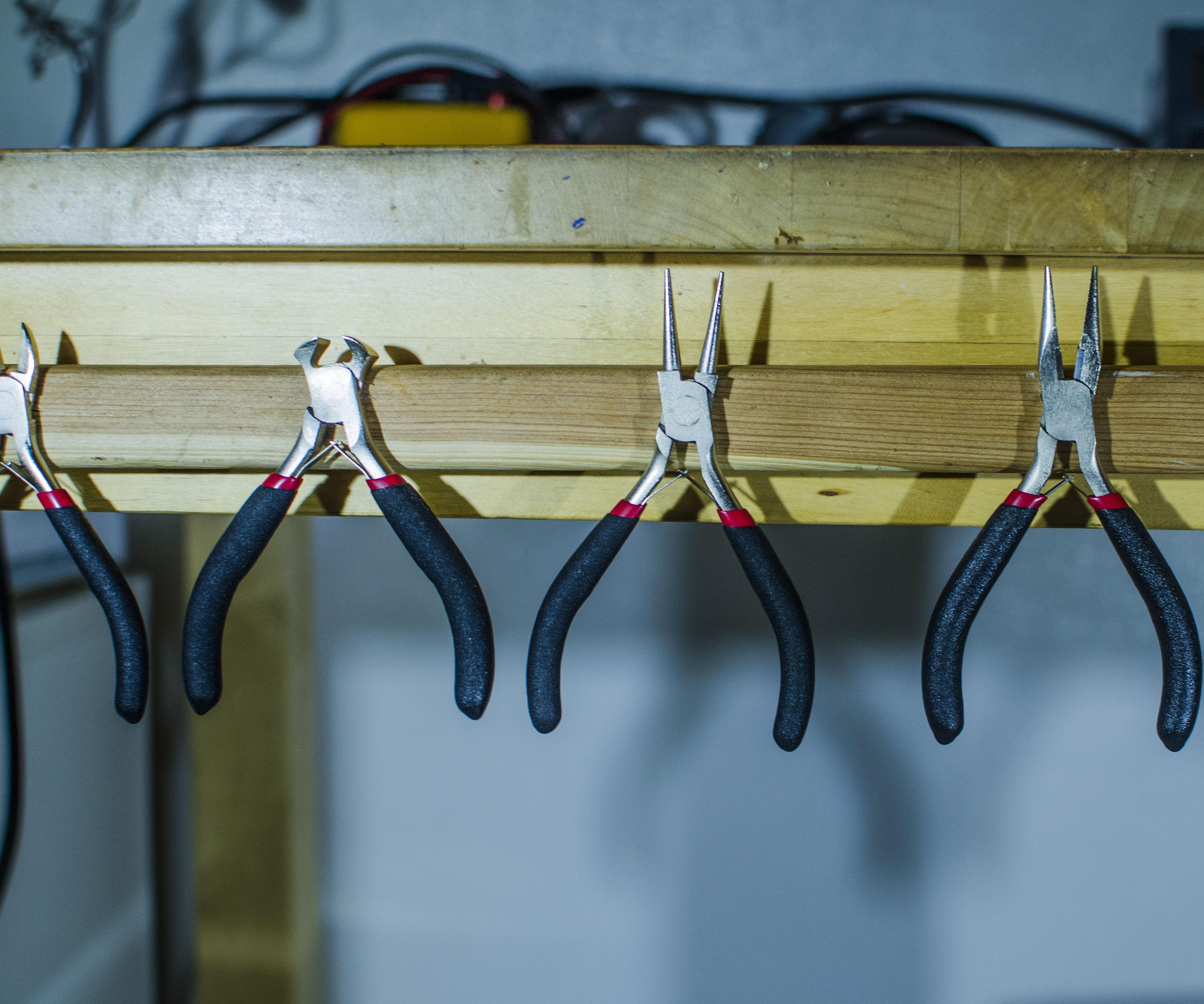 Simple Magnetic Tool Rack