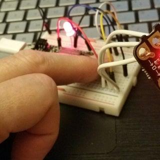 IoT Class: Circuit Displays Internet Data