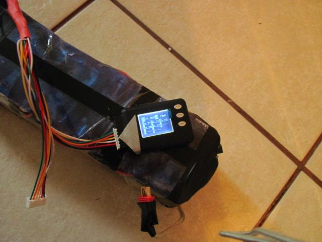 "How to make an E-bike battery using ""dead"" laptop batteries."
