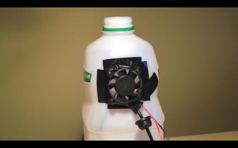 Fix the Fan to the Bottle