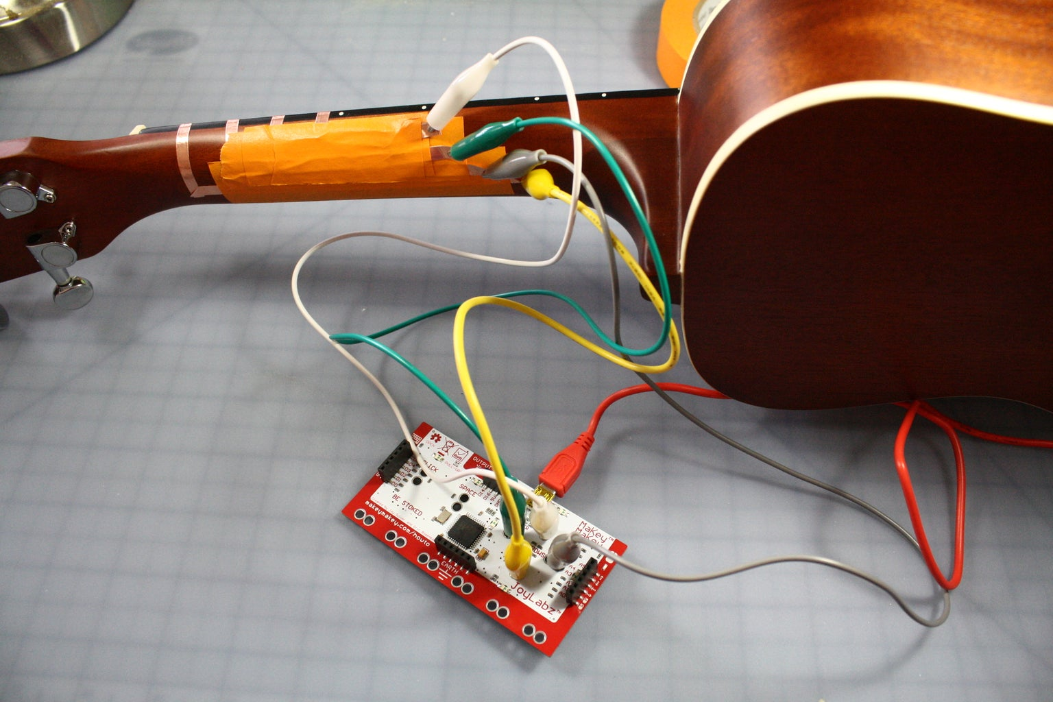 Connecting to the MaKey MaKey