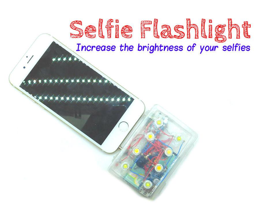 Selfie flashlight