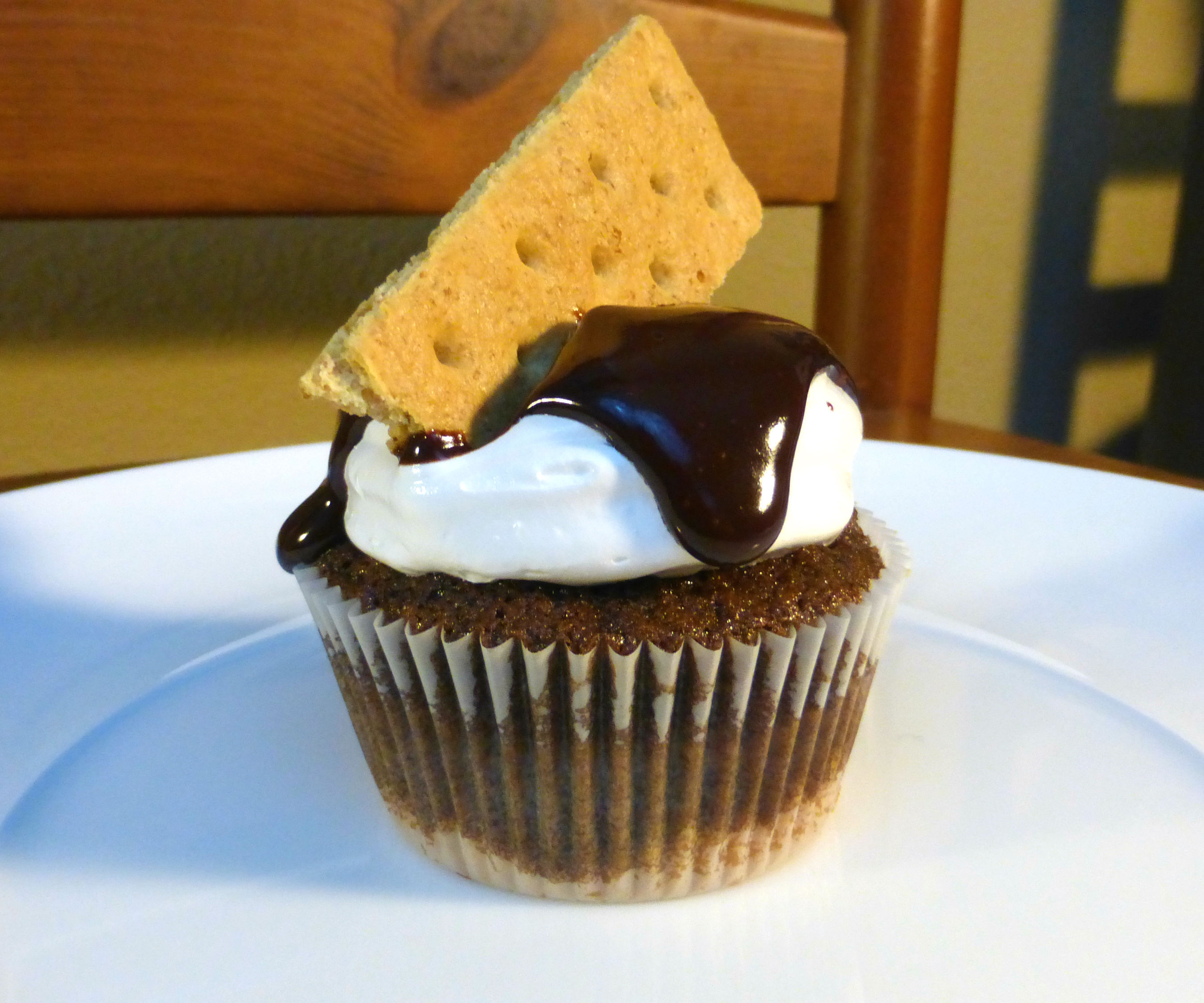 S'more Cupcakes | Josh Pan