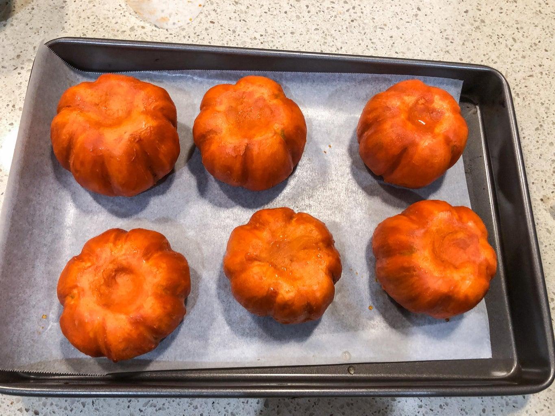 Finishing Pumpkin Cakes