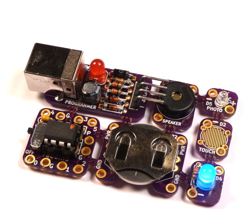 Tacuino: a low-cost, modular, Arduino-compatible educational platform