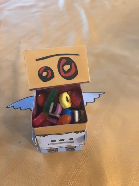 Valentine's Day Papercraft - Robot Cupid
