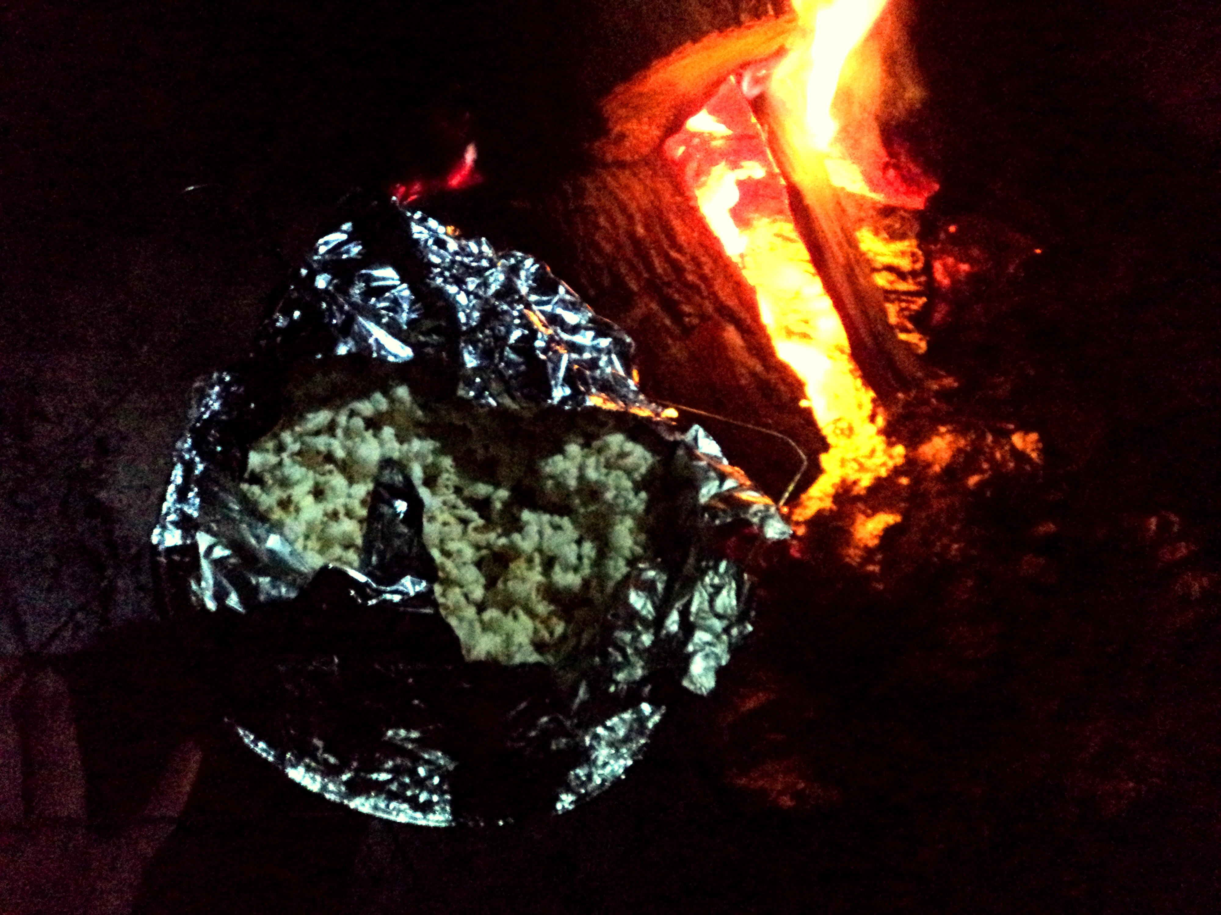 How to make [Perfect] Popcorn over a Campfire