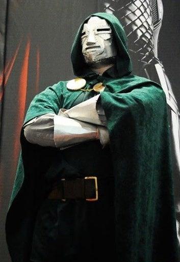 "How to Make a Marvel's ""Dr. Doom"" Costume"