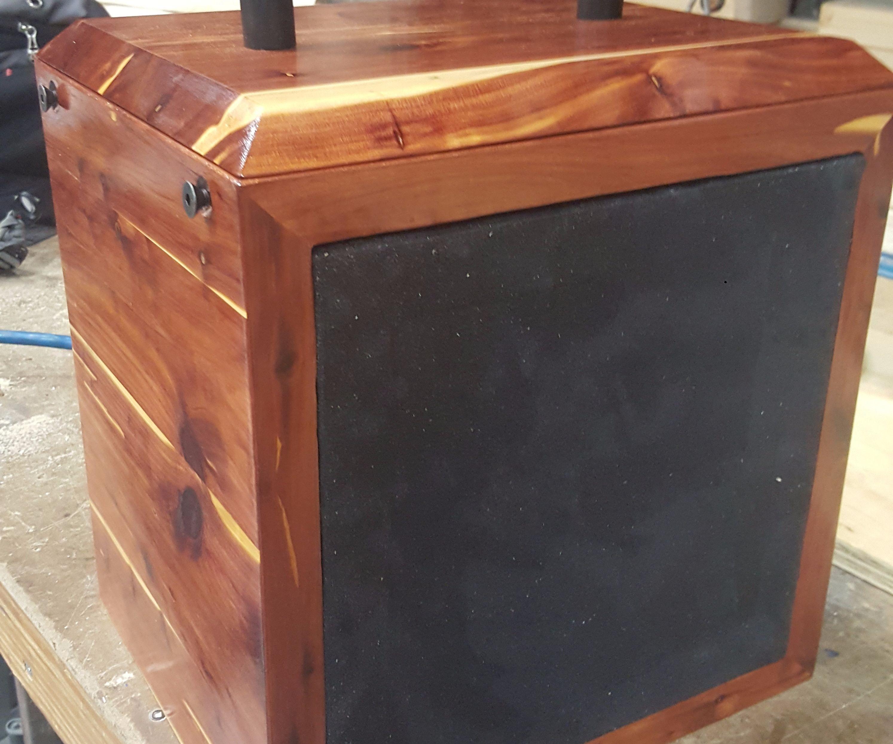 Cedar Speaker Box