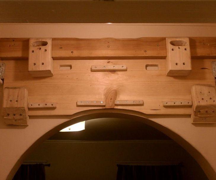 Hangboard and chin-up bar