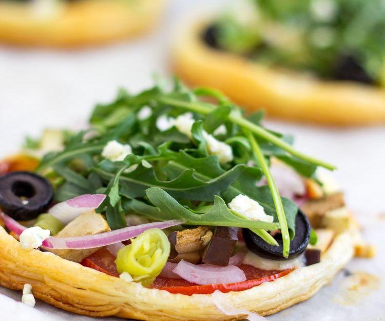 Mini Vegetarian Puff Pastry Pizzas