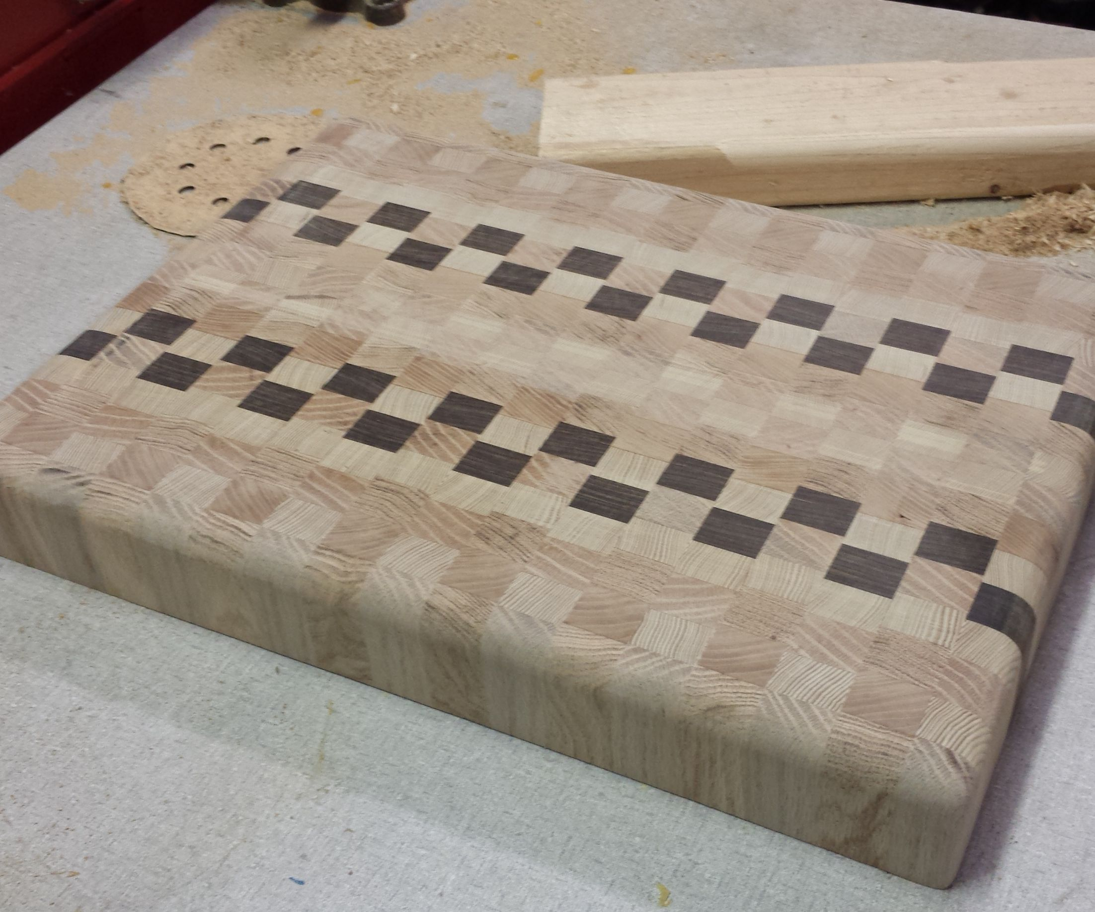 How To Make A Super Sweet End Grain Cutting Board 13 Steps With Pictures Instructables