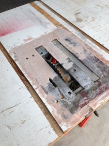 The Saw Mounting Plate
