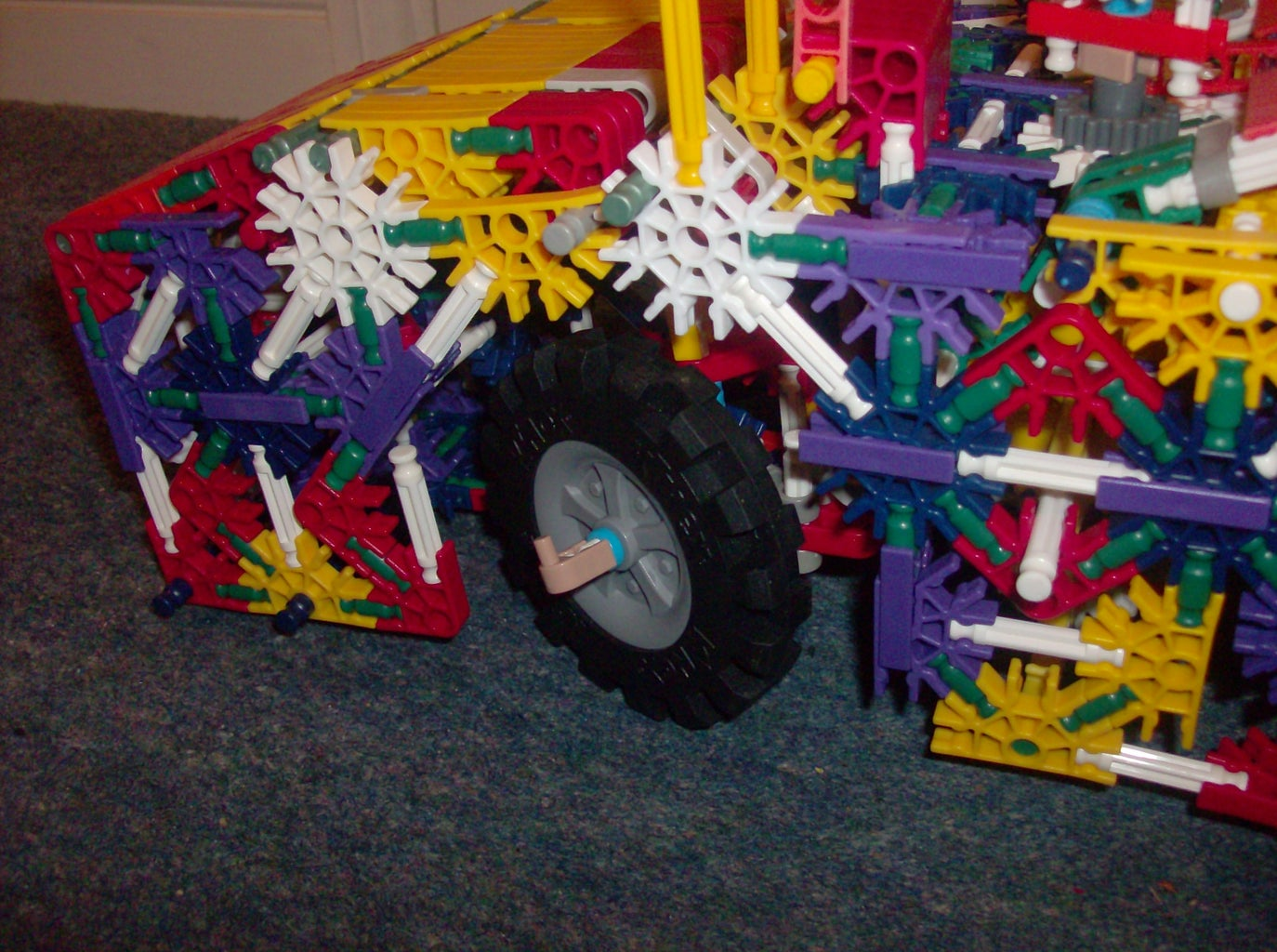 K'nex Bulldozer With Mods and Instructions.