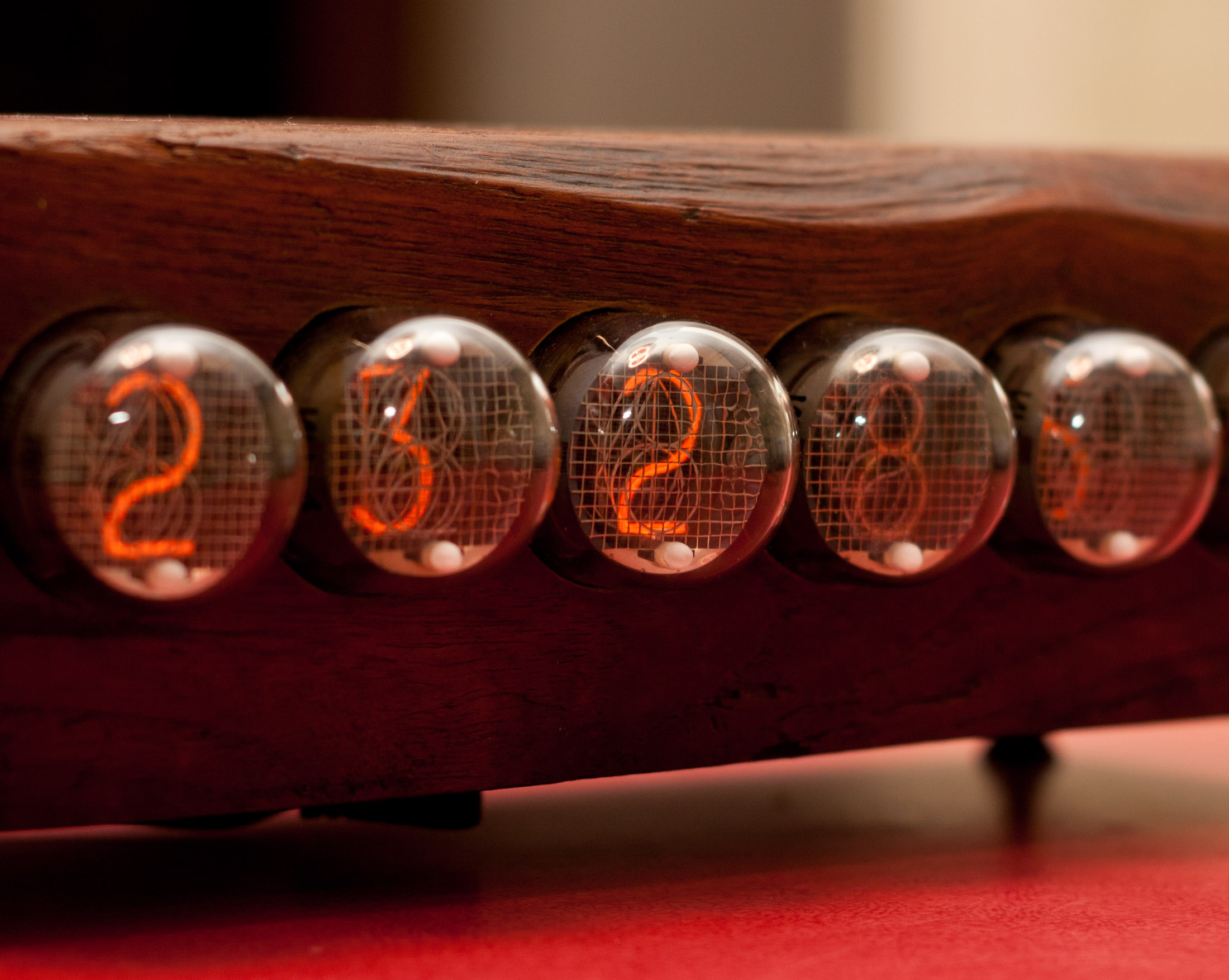 simple user-adjustable DIY Nixie Clock