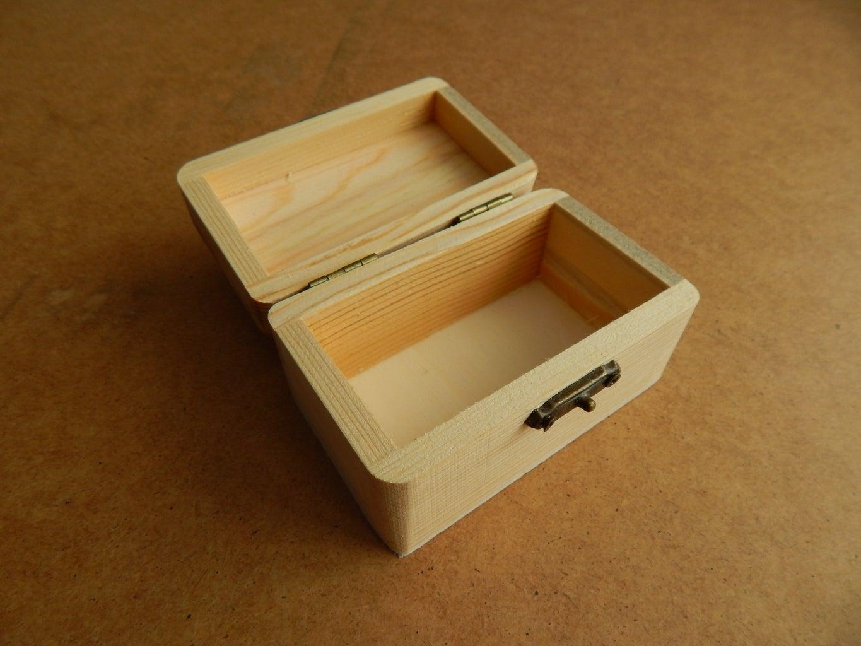 Choosing a Wooden Box