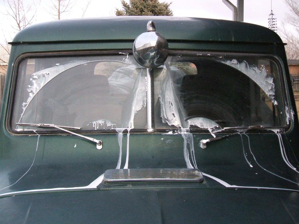 Wipers windshield vacuum operated vacuum operated