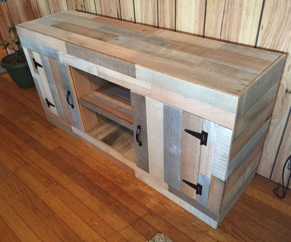 Reclaimed Pallet Fish Tank Stand