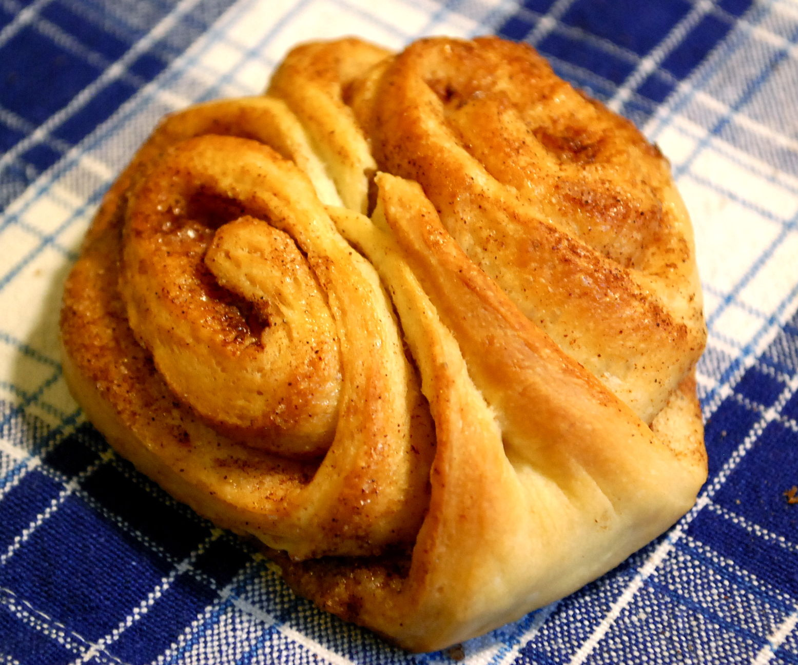 "Finnish Korvapuustit aka ""Slap In The Face - Cinnamon Rolls"""