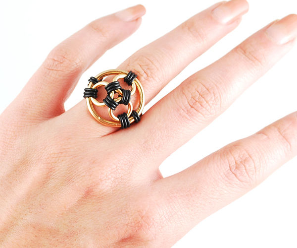 Black & Gold Rubber Chainmaille Ring
