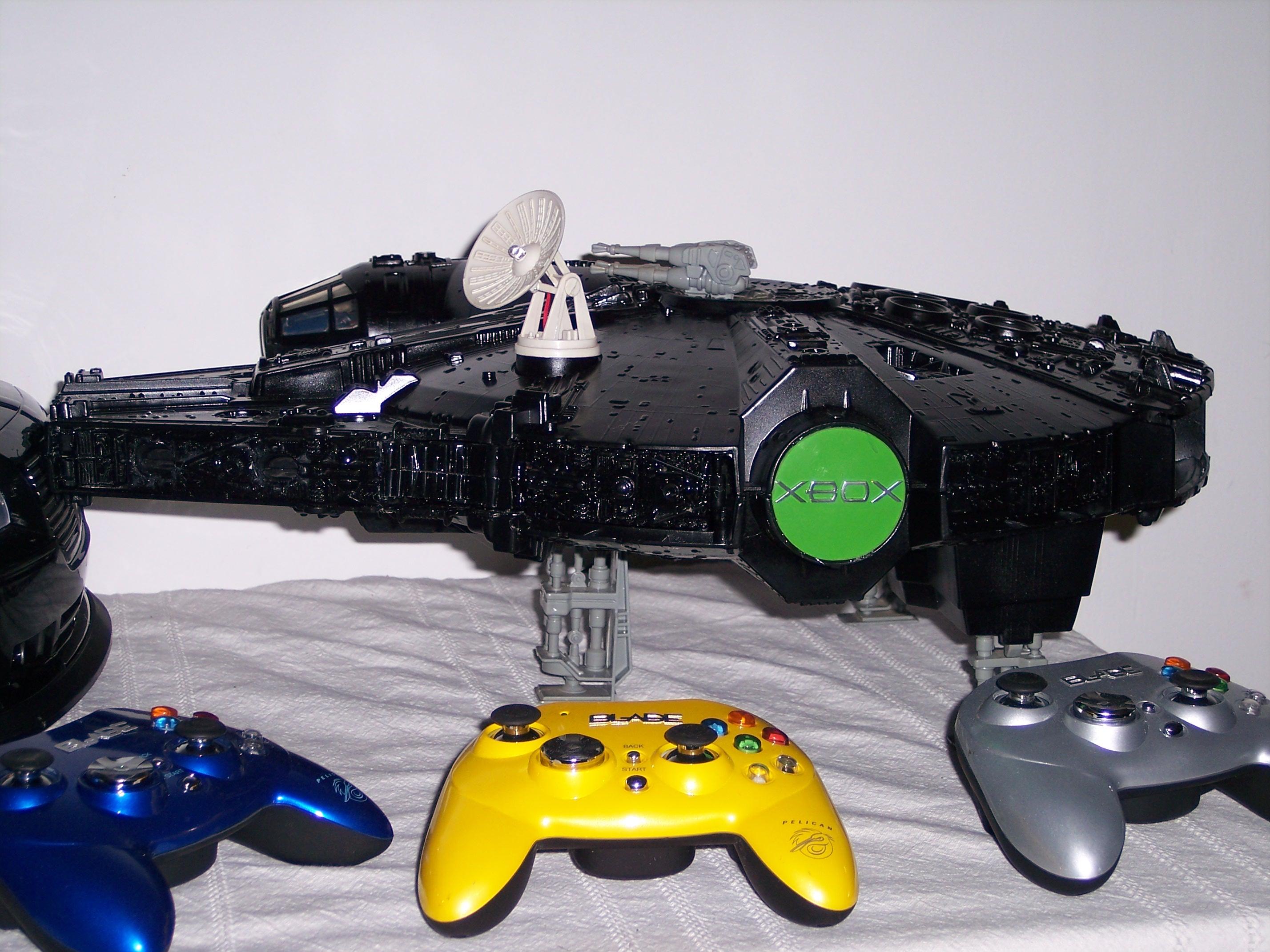 How to mod xbox into Star Wars Millennium Falcon