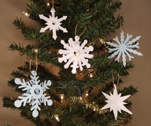How to Make a 3D Snowflake Tree Decoration