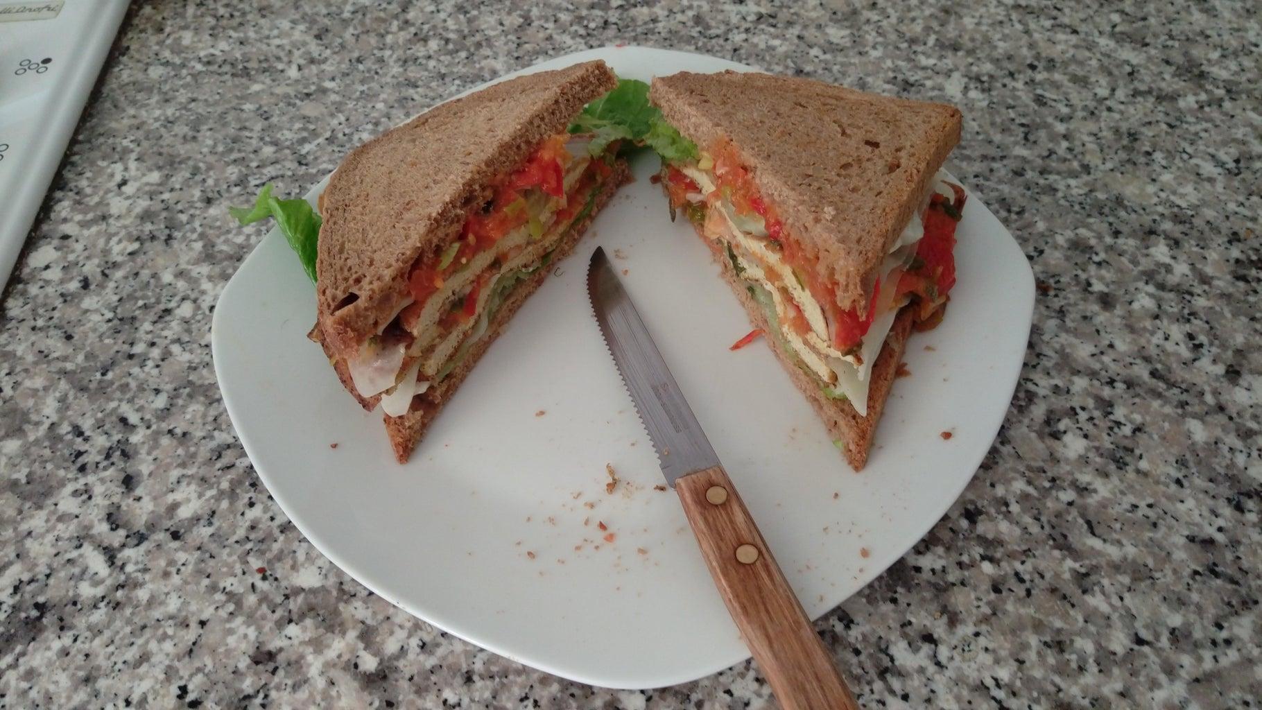 Cheesy Eggi Veggie Club Sandwich