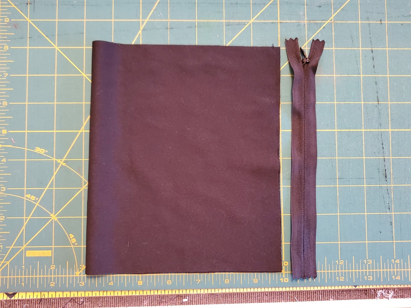 Lay Out and Cut Your Pocket Fabric