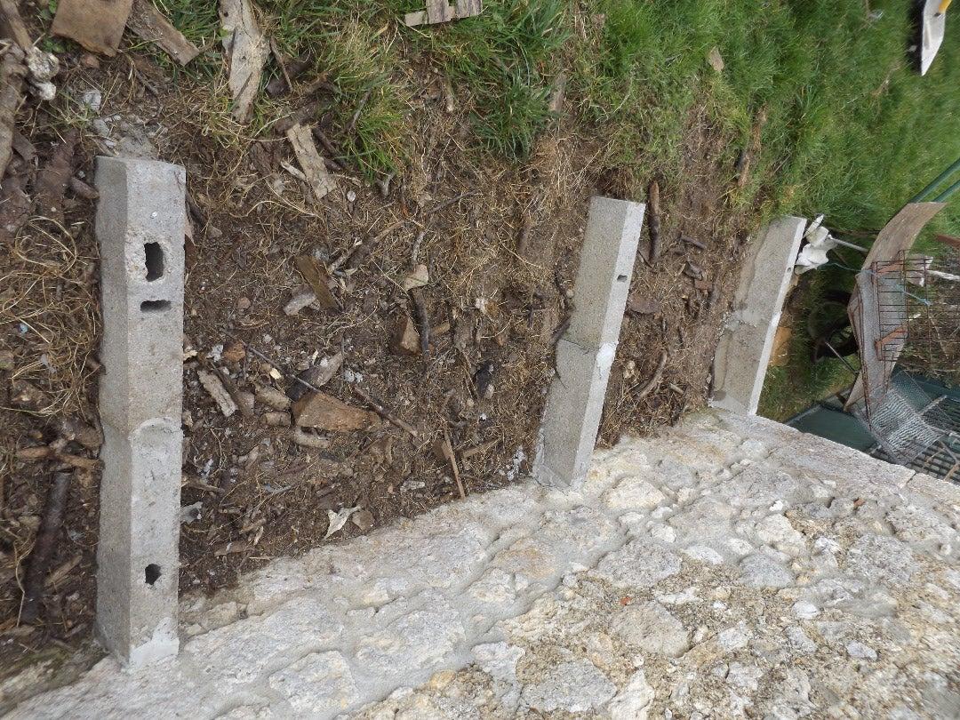 Concrete Blocs Base