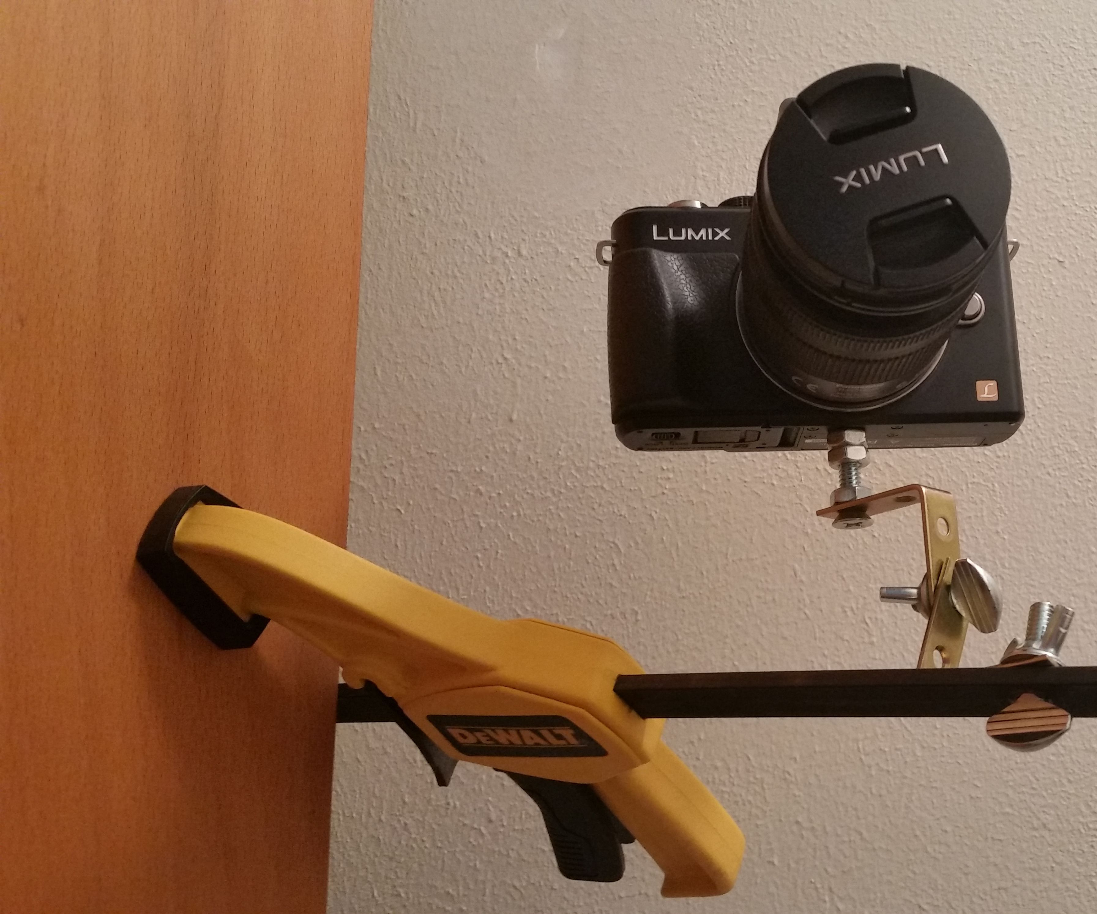 One-Handed Clamp Camera Mount