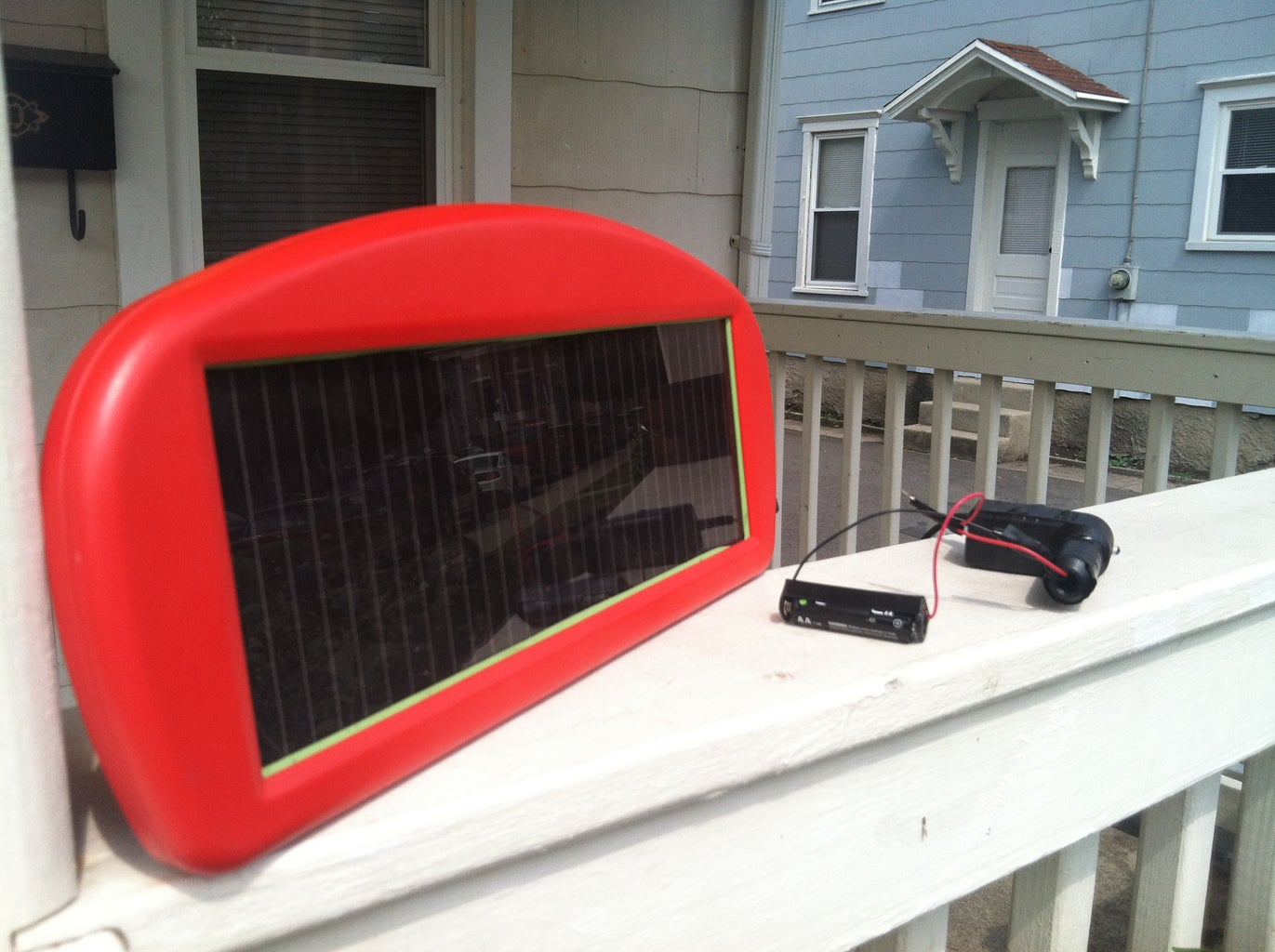 Hack a Trickle Solar Vehicle Charger