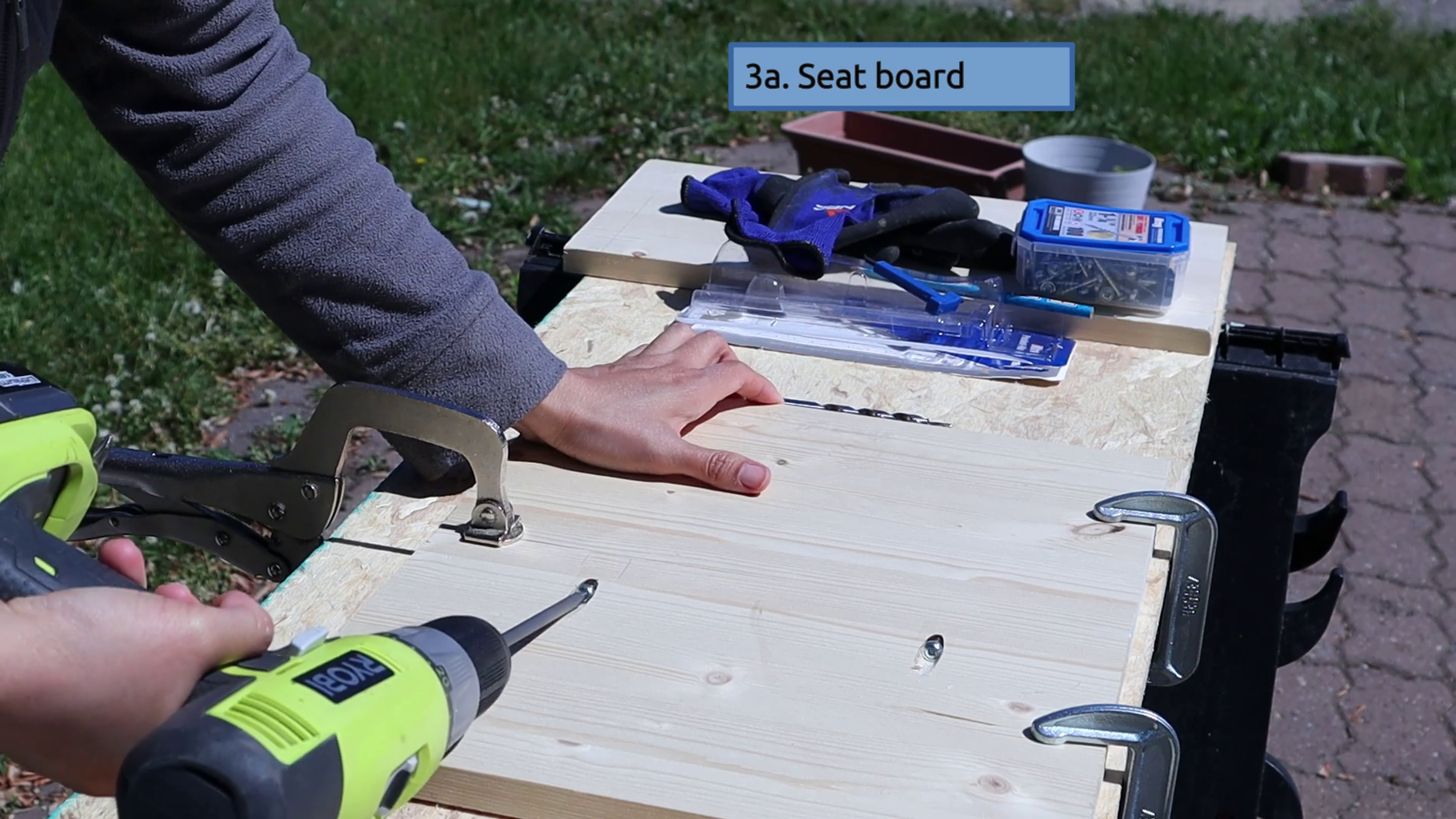 Build the Seat