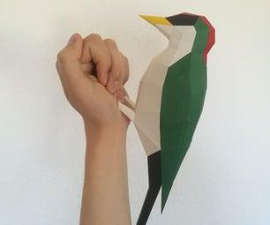 Papercraft低腰啄木鸟