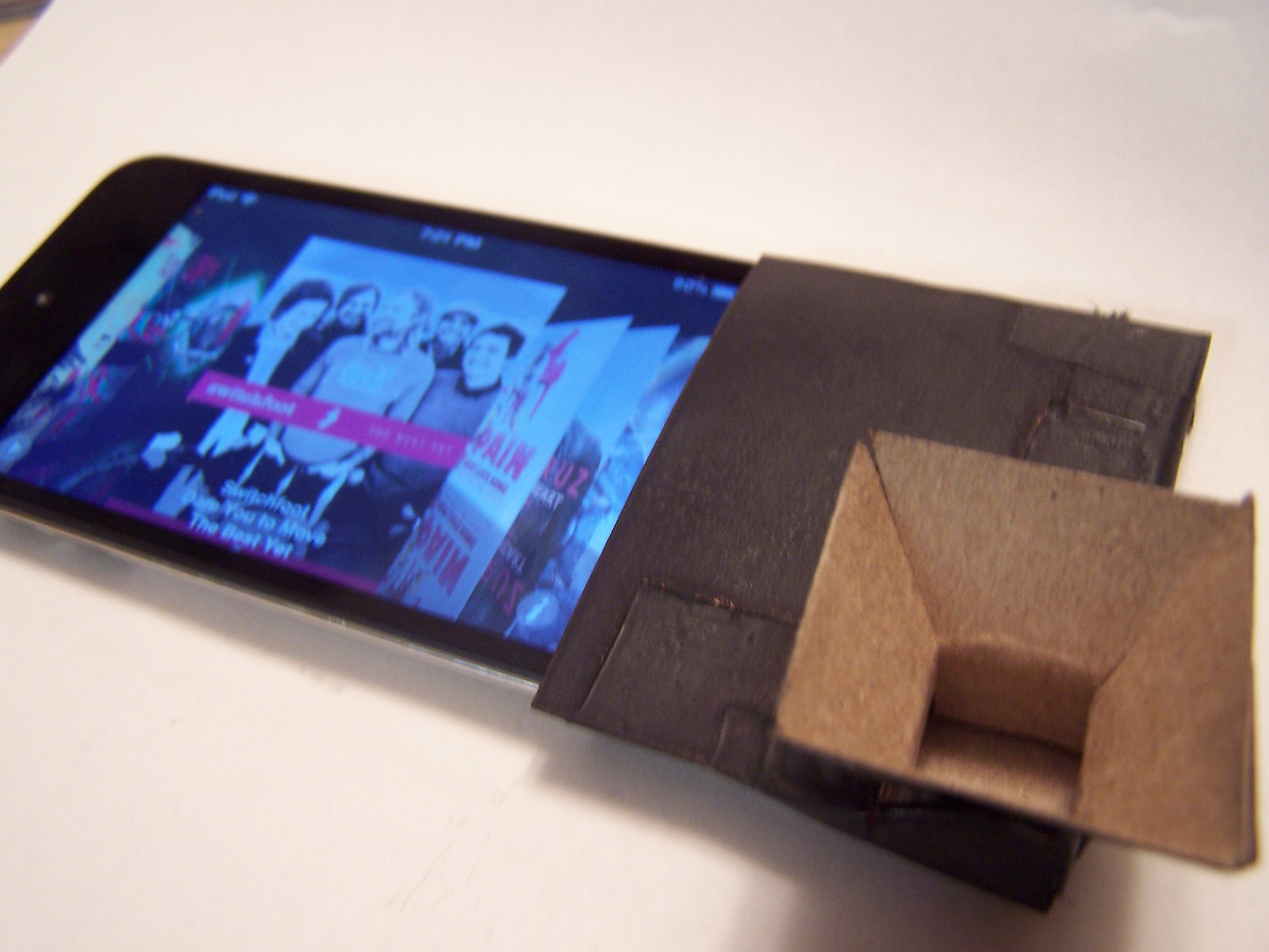 iPod Touch - Sound Amplifier Accesory