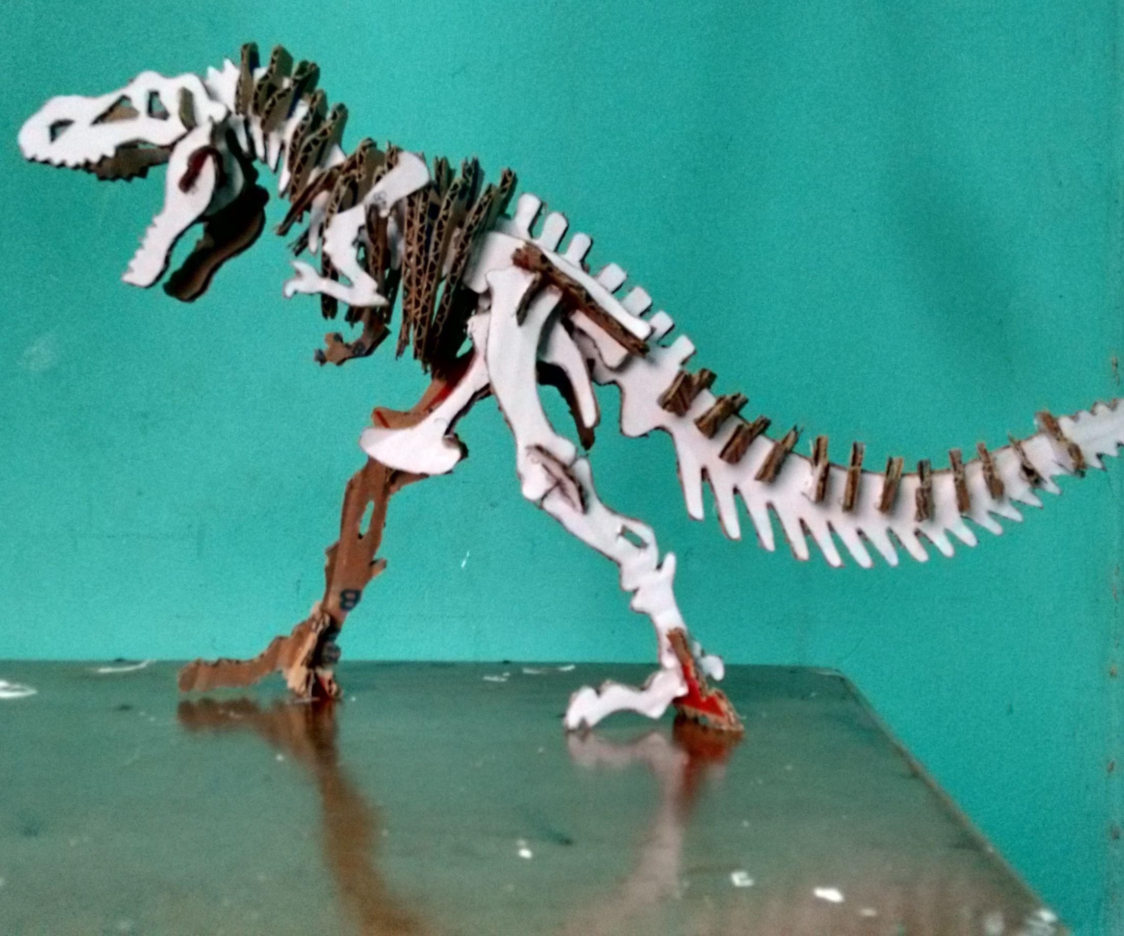 DIY - cardboard dinosaur skeleton (Tyrannosaurus Rex)