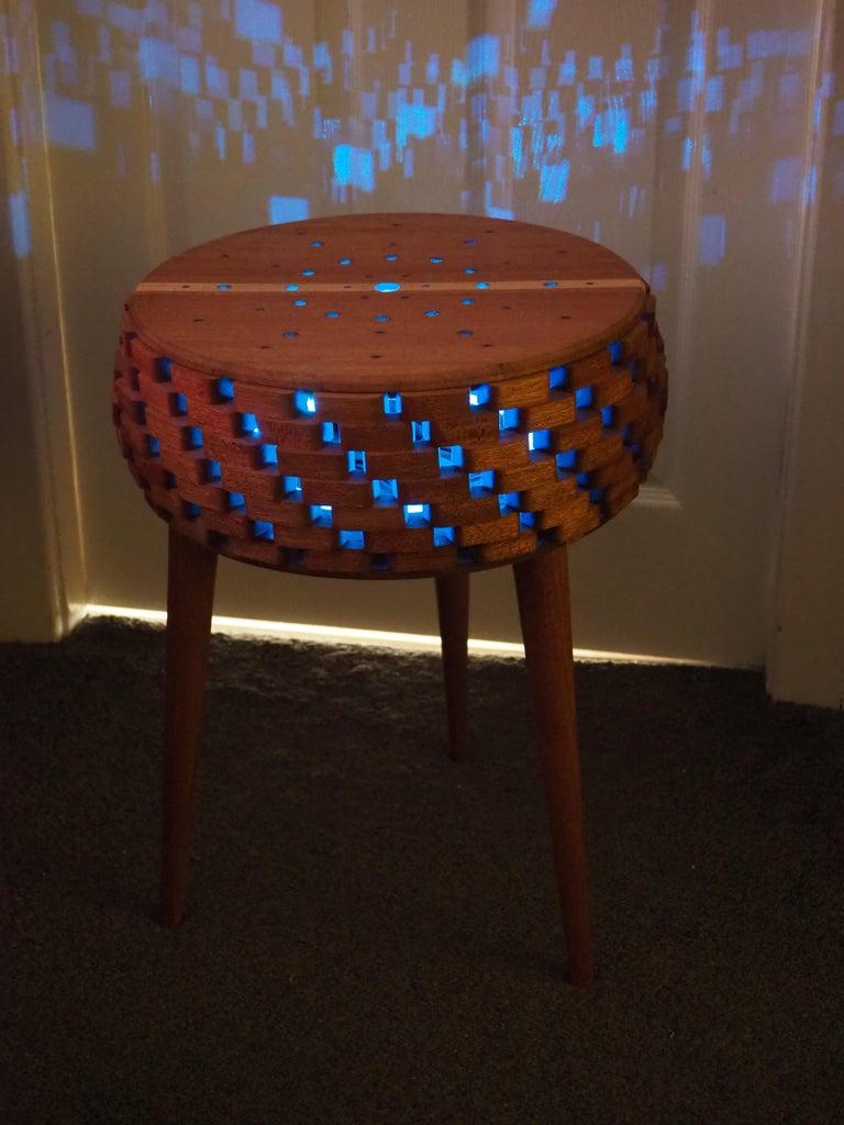 Segmented Sidetable Lamp