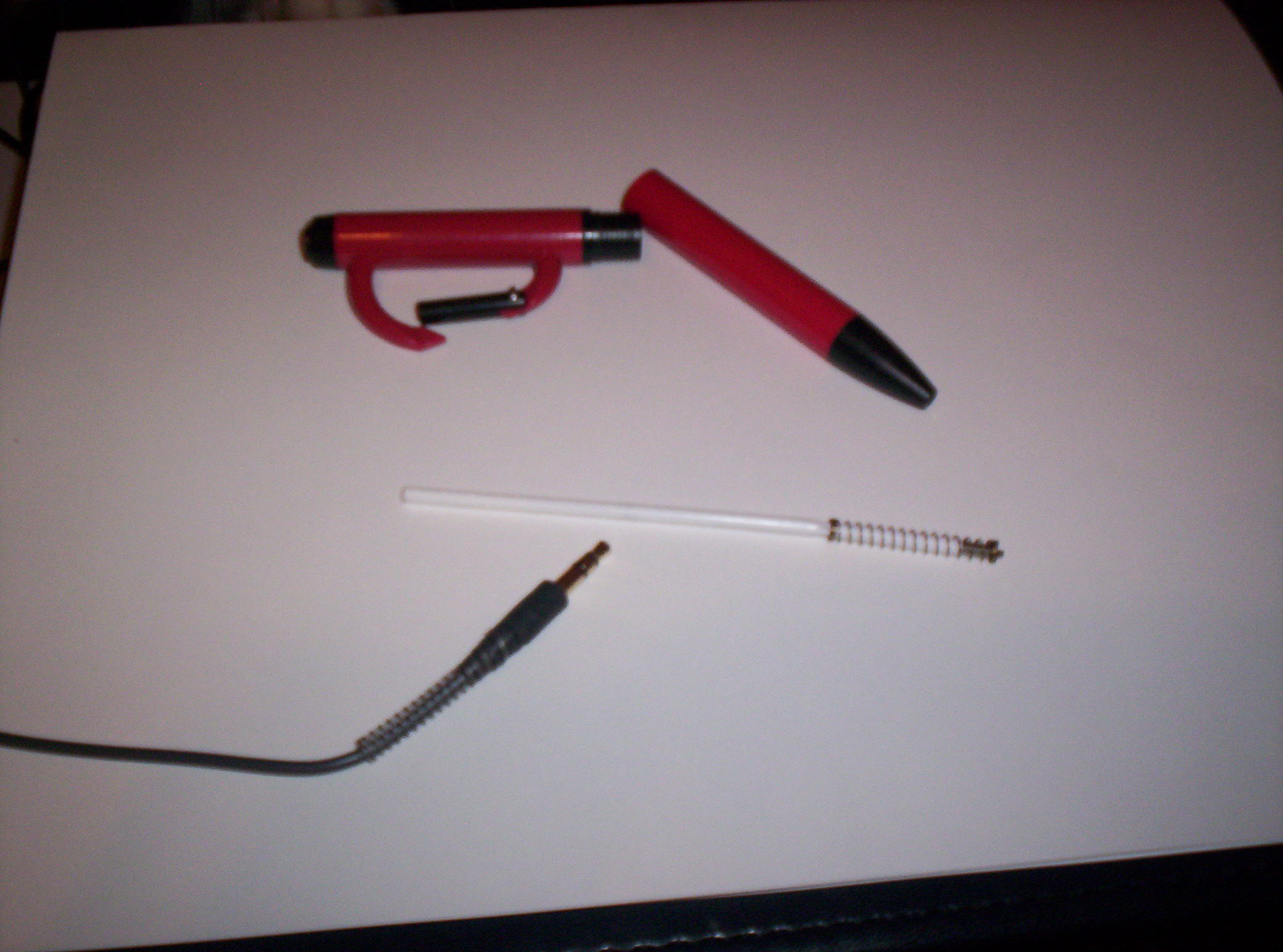 Headphone plug kink & break preventer