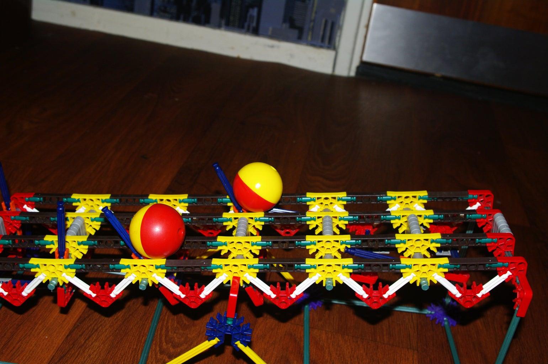 Two Balls Element