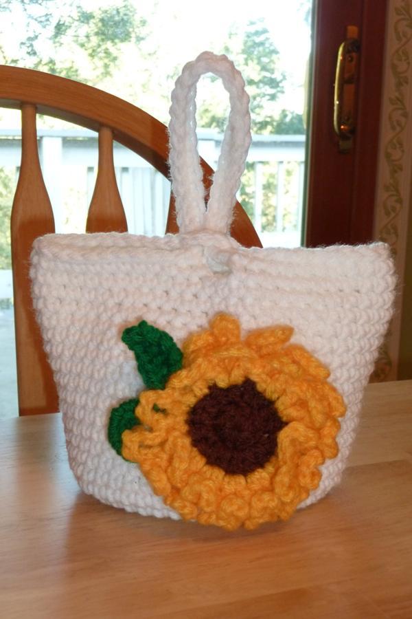 Crochet Project: Summer Sunflower Pin and Wrist Purse