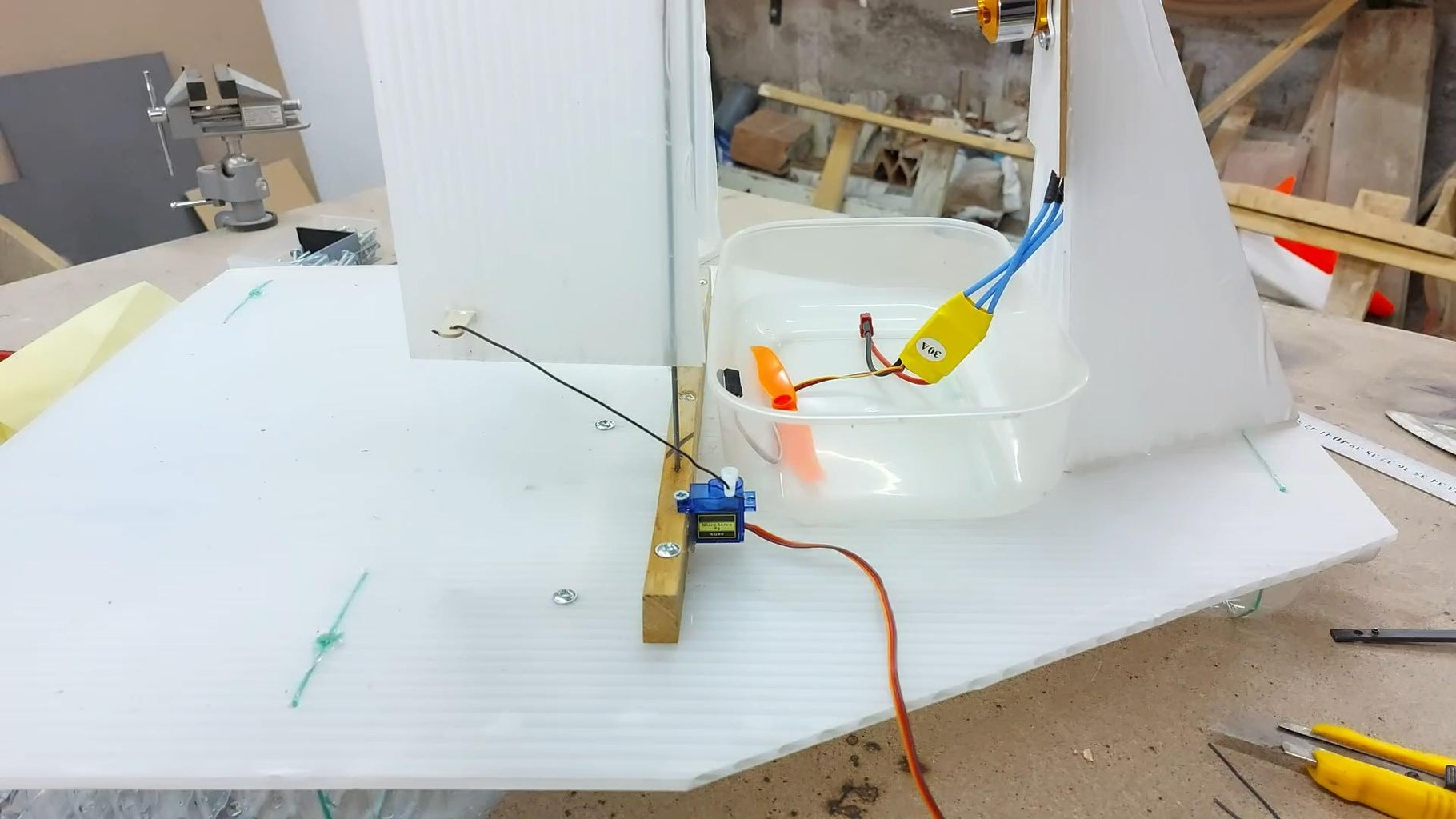 Connect the Rudder Servo and Electronics