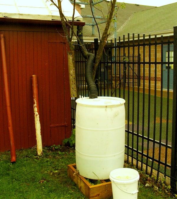(Another) Easy Rain Barrel