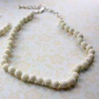 DIY Faux Pearl Necklace